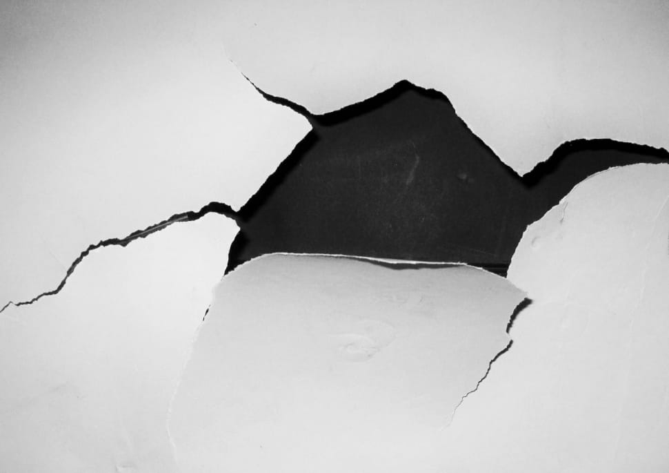 hole-crack-wall-white-wallpaper-preview